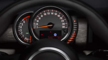 MINI hatchback 2014 dials