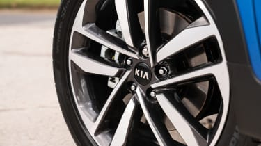 Kia Sportage SUV alloy wheels