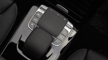 Mercedes CLA Shooting Brake touchpad