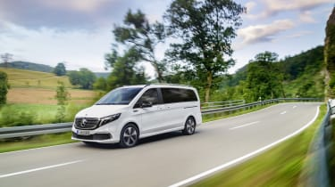 Mercedes EQV - front passing wide view