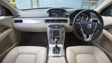 Volvo S80 - interior and dashboard