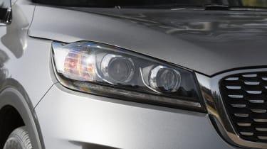 Kia Sorento SUV headlights