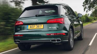 Audi Q5 55 TFSI e rear 3/4 tracking