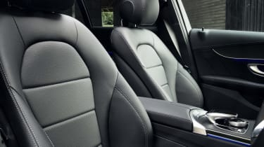 Mercedes C-Class Estate front seats