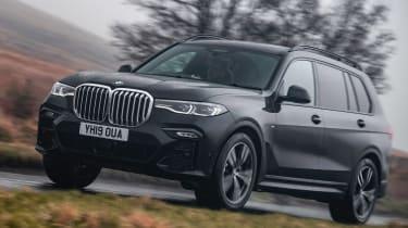 BMW X7 SUV front 3/4
