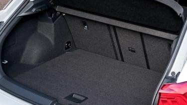 Volkswagen T-Roc SE boot