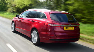 Ford Mondeo hybrid rear 3/4 tracking