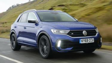 Volkswagen T-Roc R driving
