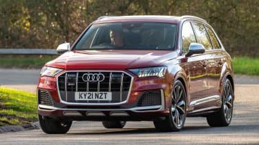 Audi SQ7 SUV front 3/4