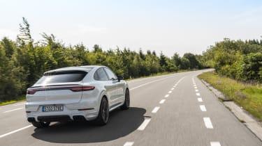 Porsche Cayenne Turbo S E-Hybrid - rear 3/4 driving