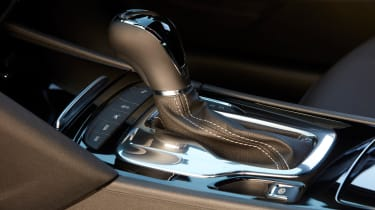 2021 Vauxhall Insignia - gear lever