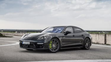Sitting at the very top of the range, the Turbo S E-Hybrid combines incredible performance with plug-in hybrid technology