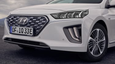 Hyundai Ioniq Plug-in Hybrid front end detail