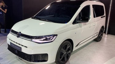 Volkswagen Caddy in white with black gloss trim pieces