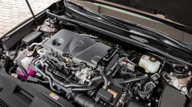 Toyota Camry saloon engine