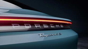 2020 Porsche Taycan 4S - Rear LED light bar