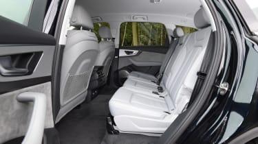 Audi Q7 e-tron - rear seats
