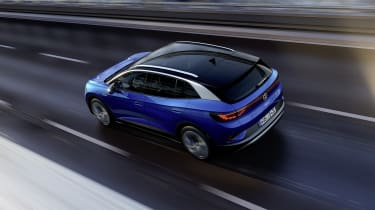 2021 Volkswagen ID.4 driving on banked road