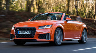 audi tt roadster convertible front tracking