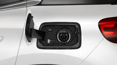 Citroen C5 Aircross plug-in hybrid - charging port