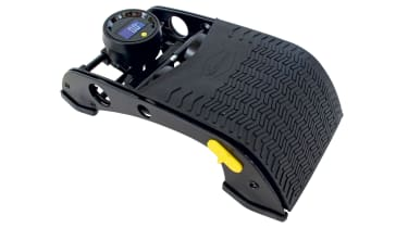 Michelin 12203 Digital Double Barrel Footpump