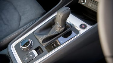 SEAT Ateca SUV gearlever