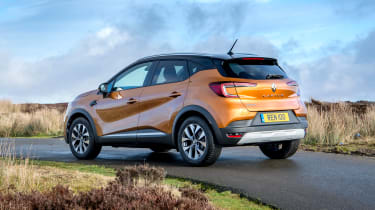 Renault Captur SUV rear 3/4 tracking