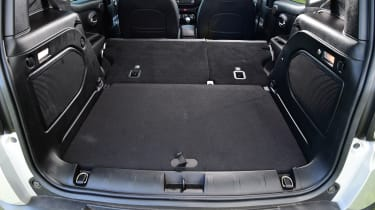 Jeep Renegade boot - seats down
