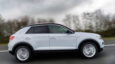 Volkswagen T-Roc SE side view
