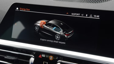 BMW 330e saloon central display
