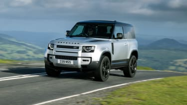 2020 Land Rover Defender 90 - front 3/4 view dynamic
