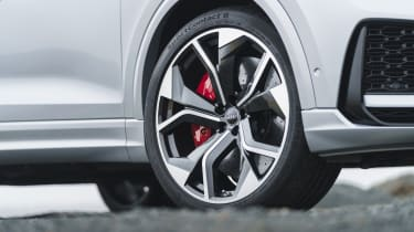 Audi RS Q8 SUV - 23-inch alloy wheels close up