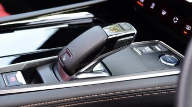 Peugeot 508 SW estate gearlever