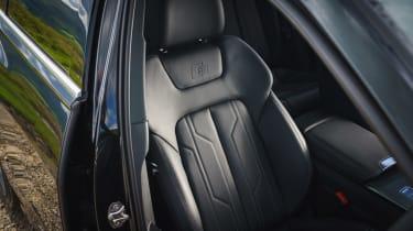 Audi A6 Avant seats