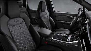 Audi SQ7 TDI - front seats