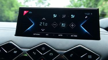 DS 3 Crossback E-Tense SUV infotainment menu
