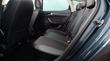 SEAT Leon hatchback - rear seats