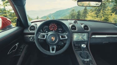 Porsche 718 Cayman GTS - interior