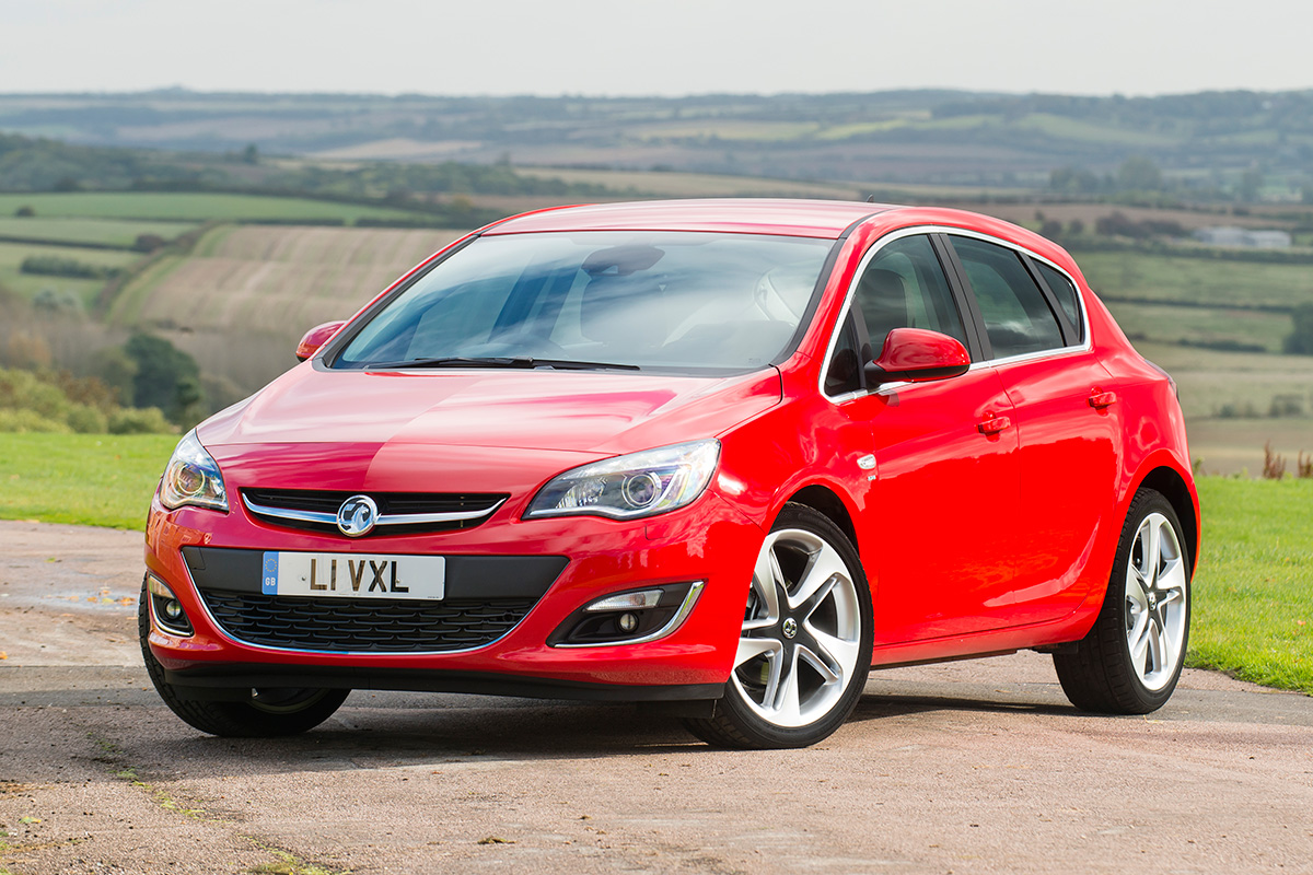 Vauxhall Astra Sri Review Carbuyer