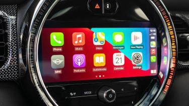 2021 MINI hatchback Apple CarPlay screen