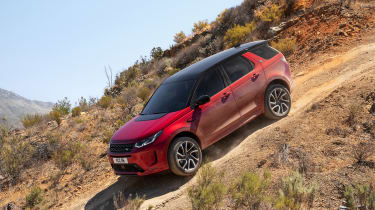 Facelifted Land Rover Discovery Sport - off-roading