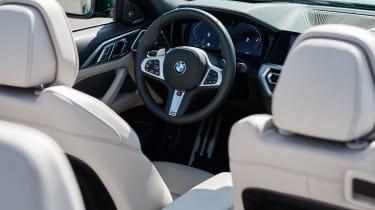 2020 BMW 4 Series Convertible steering wheel