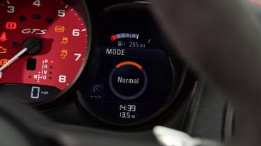 Porsche Macan SUV instrument gauges