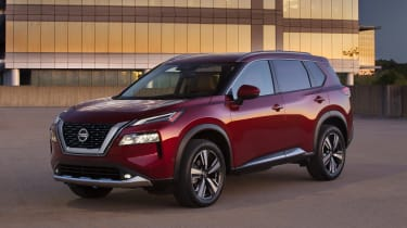 Nissan Rogue (X-Trail) with lights on