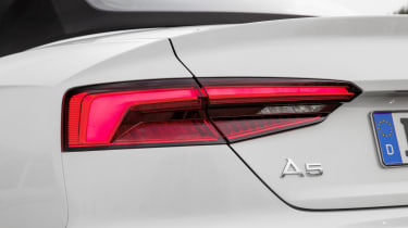 Just like the headlights, the lights at the rear of the Audi A5 Cabriolet are full LEDs.