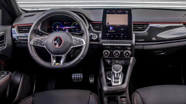 Renault Arkana SUV interior