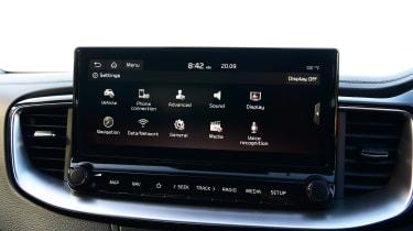 Kia XCeed hatchback infotainment menu