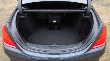 Boot space in the S300h is excellent – it's larger than in the pricier S500e