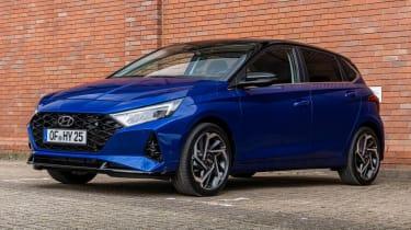 2020 Hyundai i20 prototype - front 3/4 static