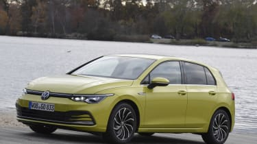 2020 Volkswagen Golf - front 3/4 static view